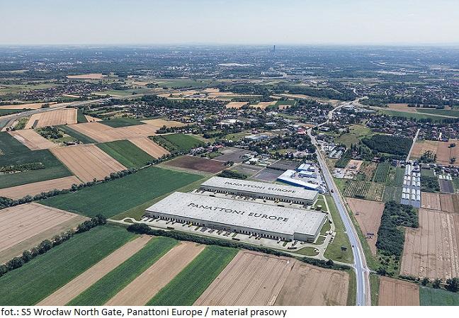 Firma Elastron wynajmuje powierzchnię w magazynie Panattoni