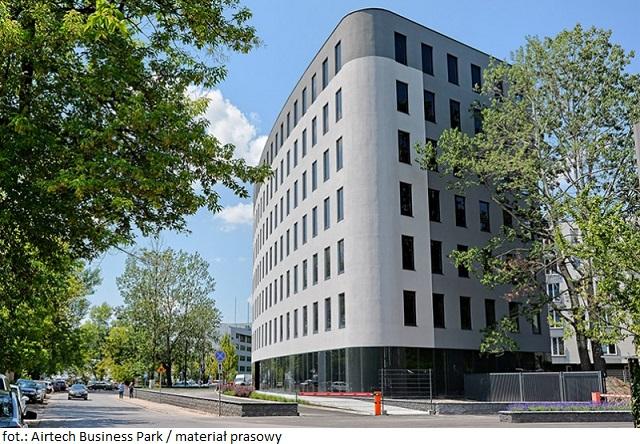 Centrum Koordynacji Projektów Środowiskowych w Airtech Business Park w Warszawie