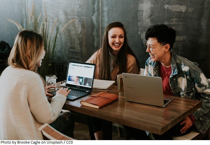 Grupa Santander i MIT Professional Education prowadzi nabór na 400 stypendiów naukowych dla studentów i absolwentów polskich uczelni zainteresowanych podniesieniem kwalifikacji cyfrowych
