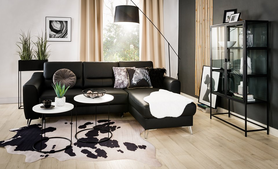 Nowoczesny minimalizm czy oryginalny pop-art? Trendy we wnętrzach w 2021 r.