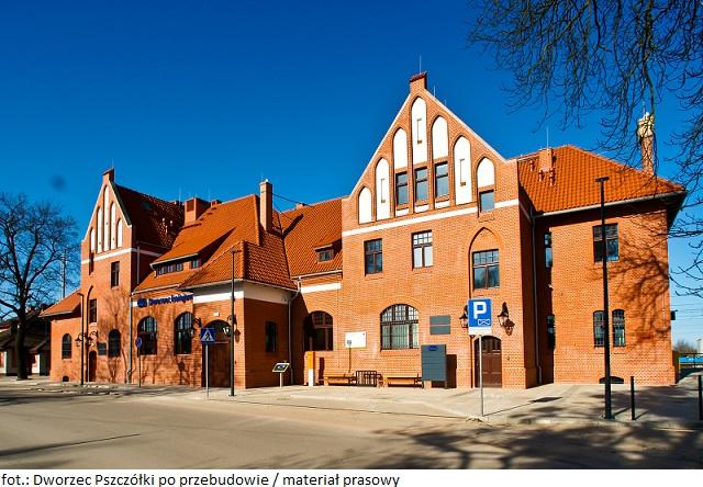 PKP S.A.: neogotycki dworzec w Pszczółkach otwarty dla podróżnych