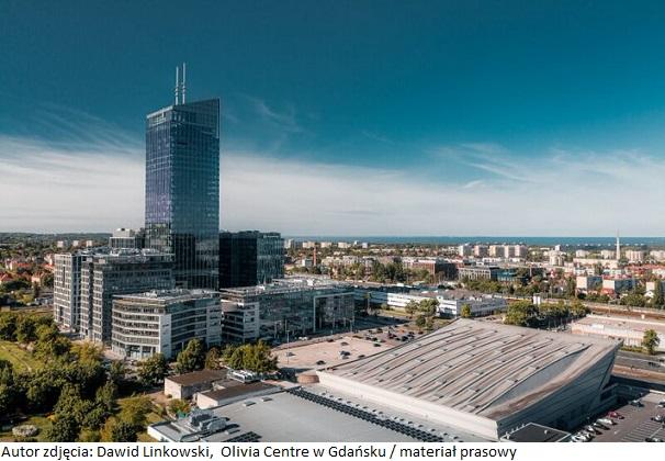 Biurowiec Olivia Centre w Gdańsku z biurem regionalnym firmy SoftServe