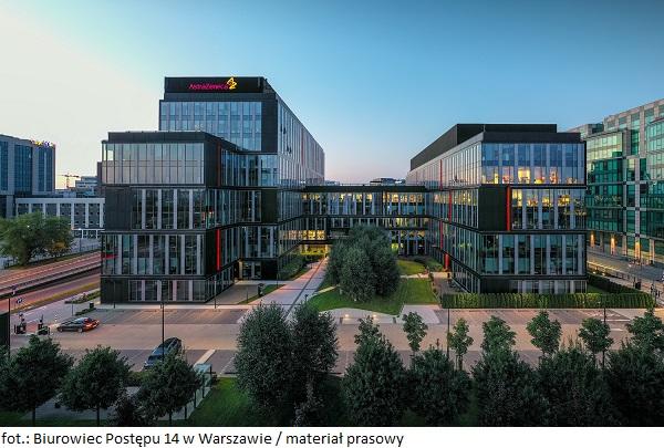 Biurowce w Warszawie wciąż w czołówce. Biurowiec Postępu 14 w Warszawie zatrzymuje najemcę i wynajmuje firmie AstraZeneca większą powierzchnię